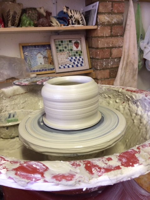 hand made pottery wheel throw a pot clay ceramic workshop