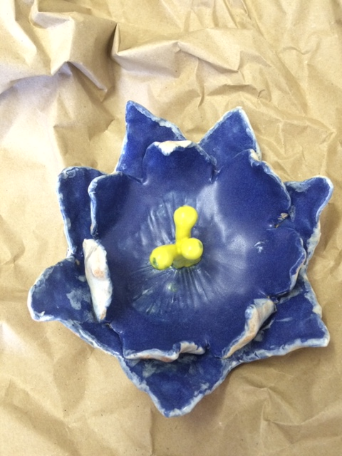clay pottery ceramic workshop hand made hand painted flower