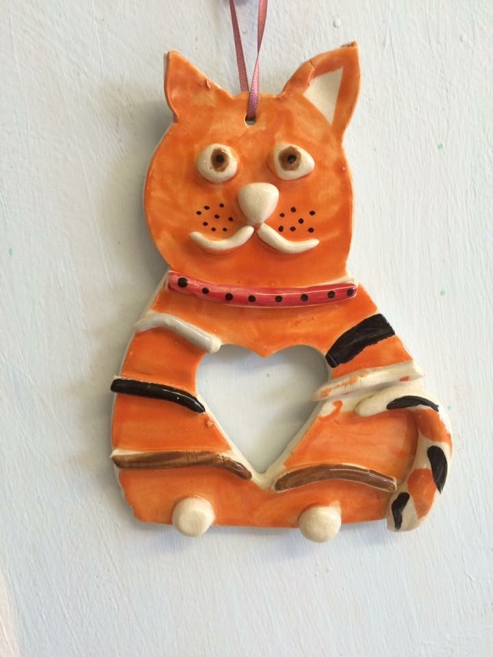 pottery ceramic clay hand made cat painted party